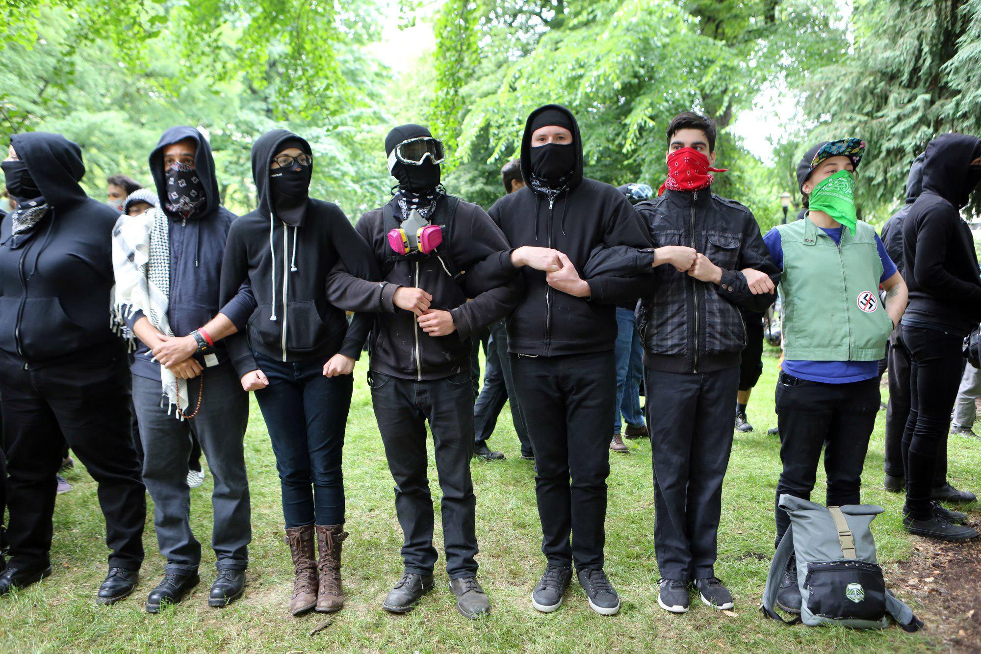 Antifascists in Portland June 4