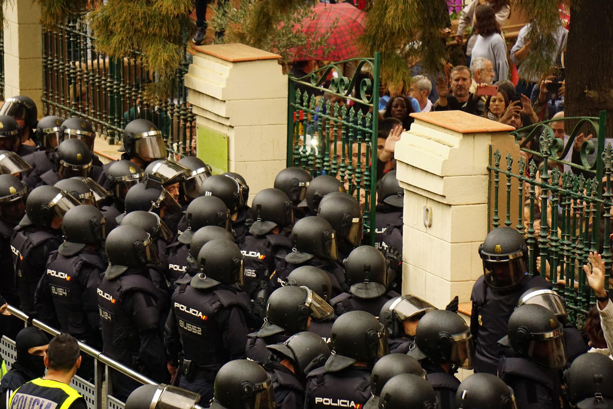 Spanish riot police in Catalunya.