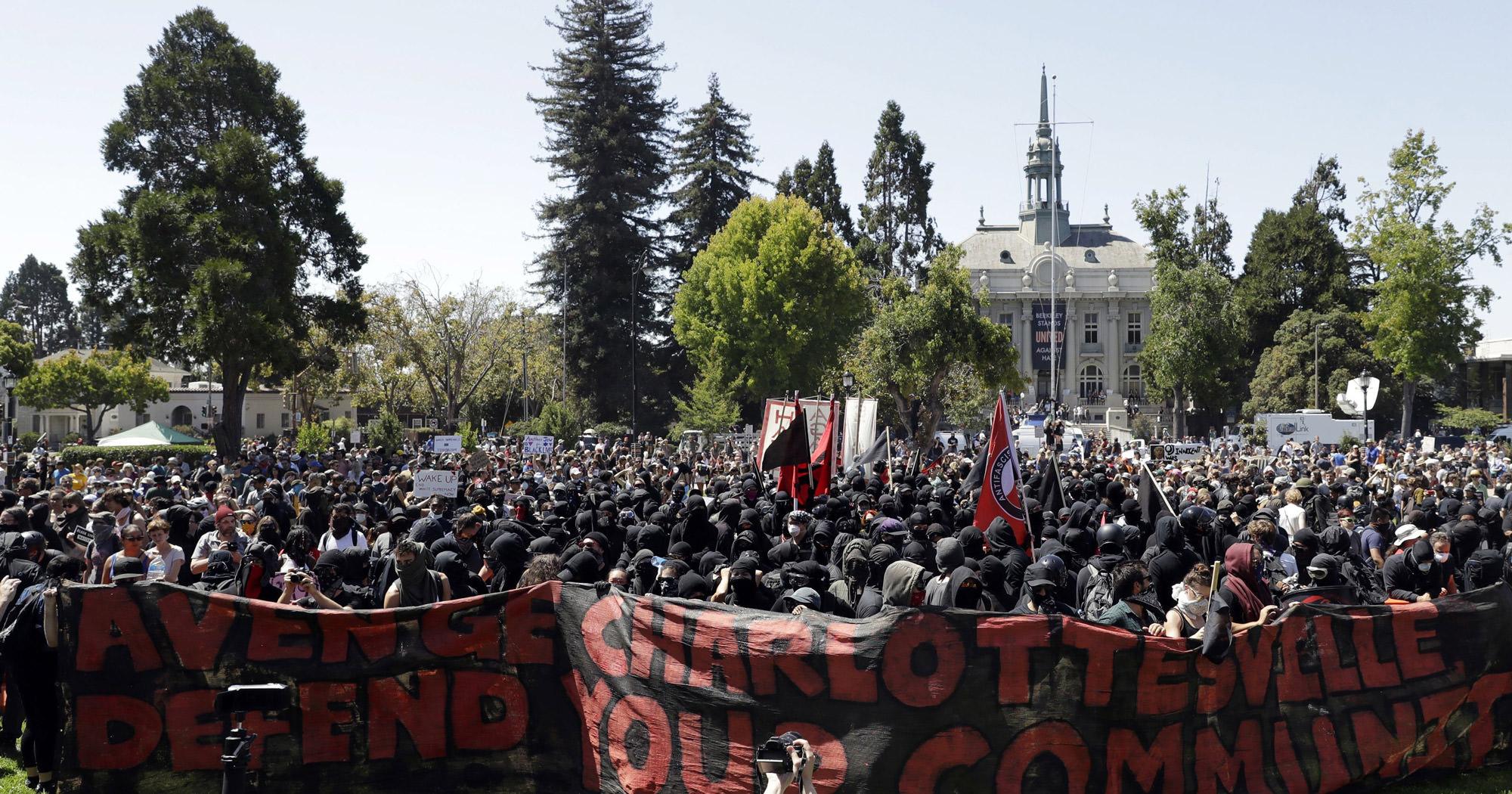 Black Bloc in Berkeley, August 27, 2017.
